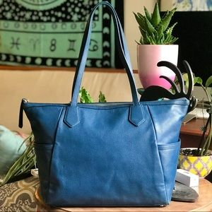 🌀SALE!!🌀 Gorgeous Cole Haan Zip Top Leather Tote